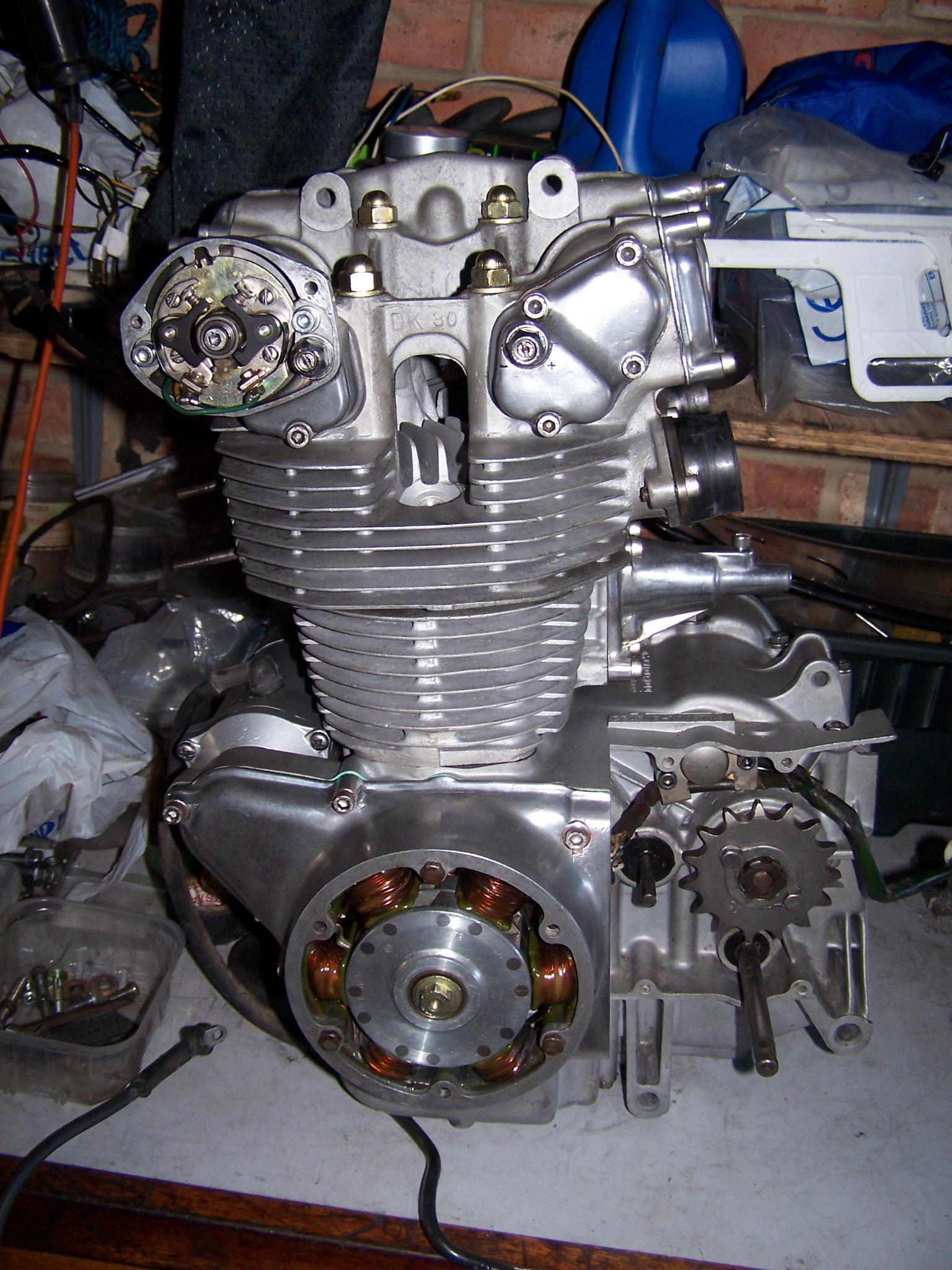 Honda Cb Cafe Racer >> 1975 Honda CB500T Cafe Racer - Page 2