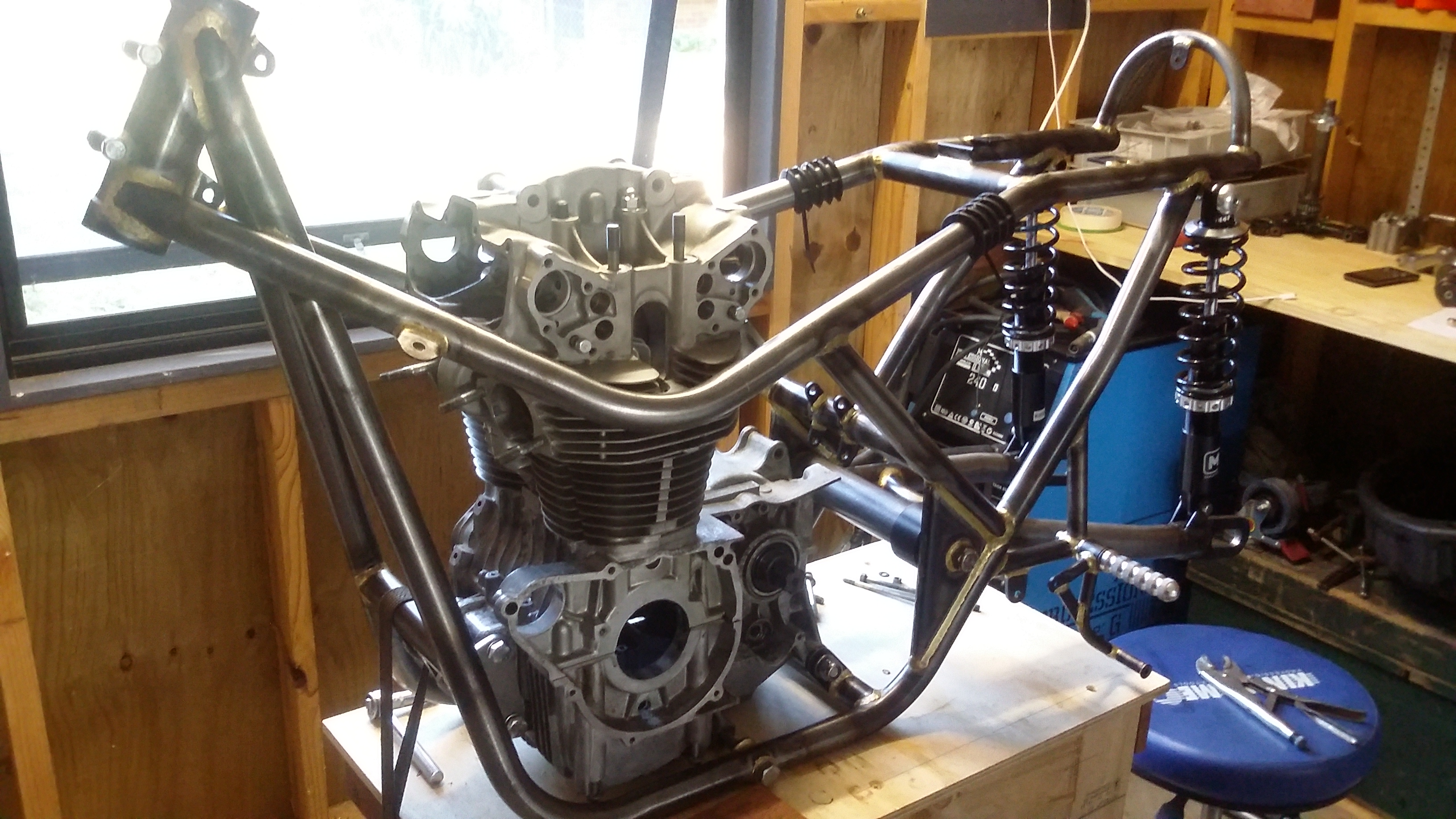 Drixton 500 twin build-20150322_163027.jpg