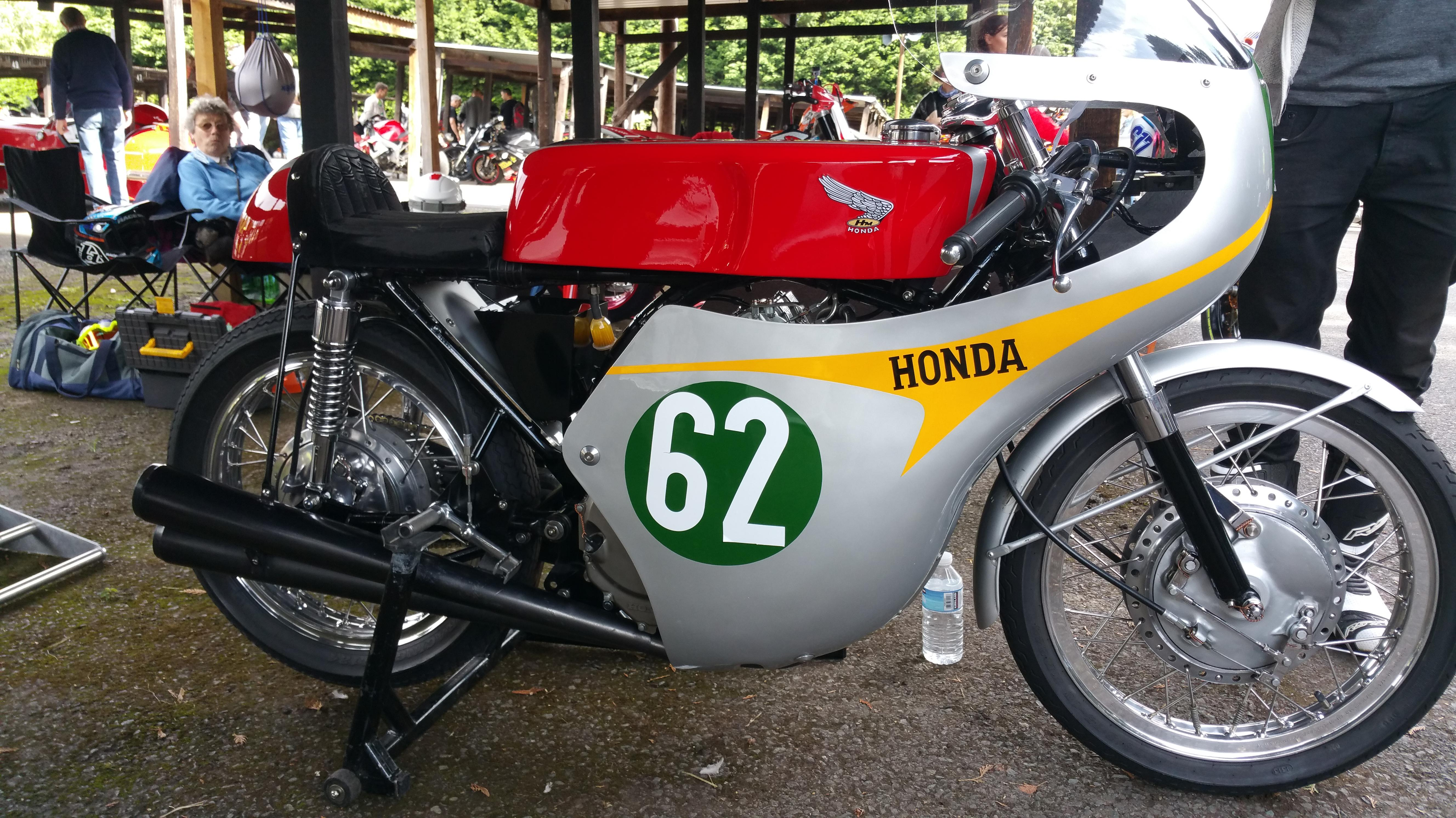 Now This Is What I Call A CB250 Cafe Racer