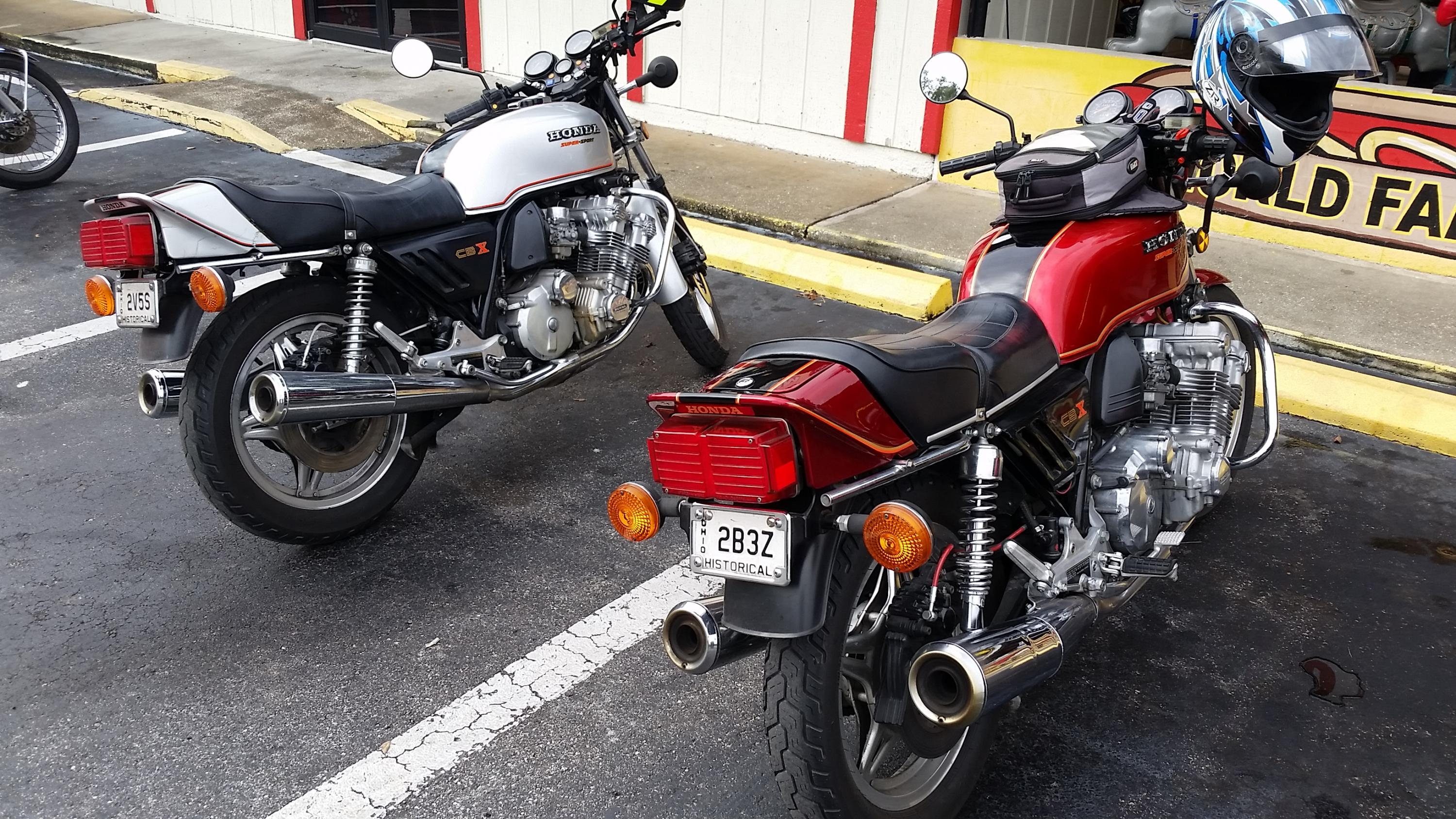 VJMC gathering before unoffical Christmas ride-20181216_100053.jpg