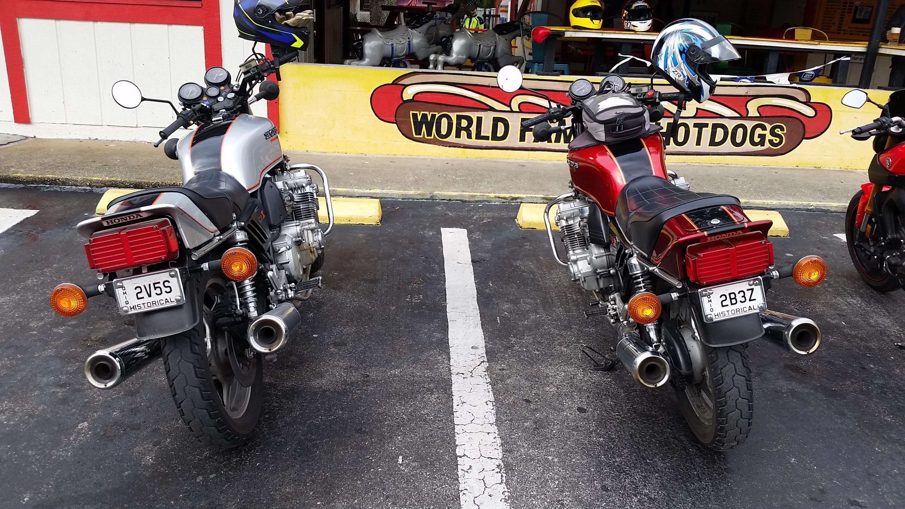 VJMC gathering before unoffical Christmas ride-20181216_100105.jpg