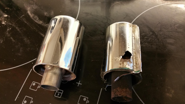 Rust holes in CB200t Scrambler Exhaust-20190128_152634.jpg