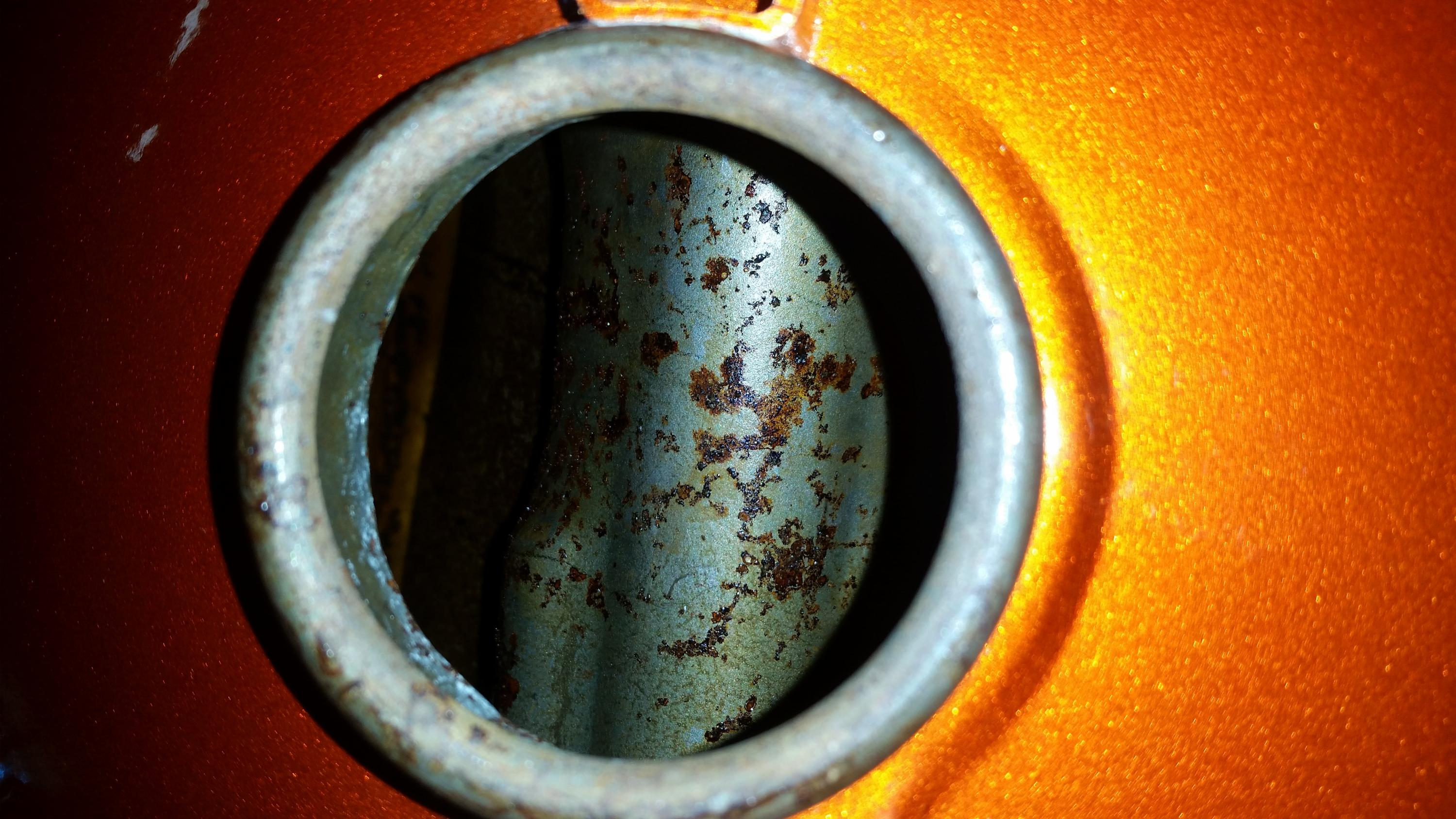 Fuel Tank Rust - how much is too much?-20190531_114220.jpg