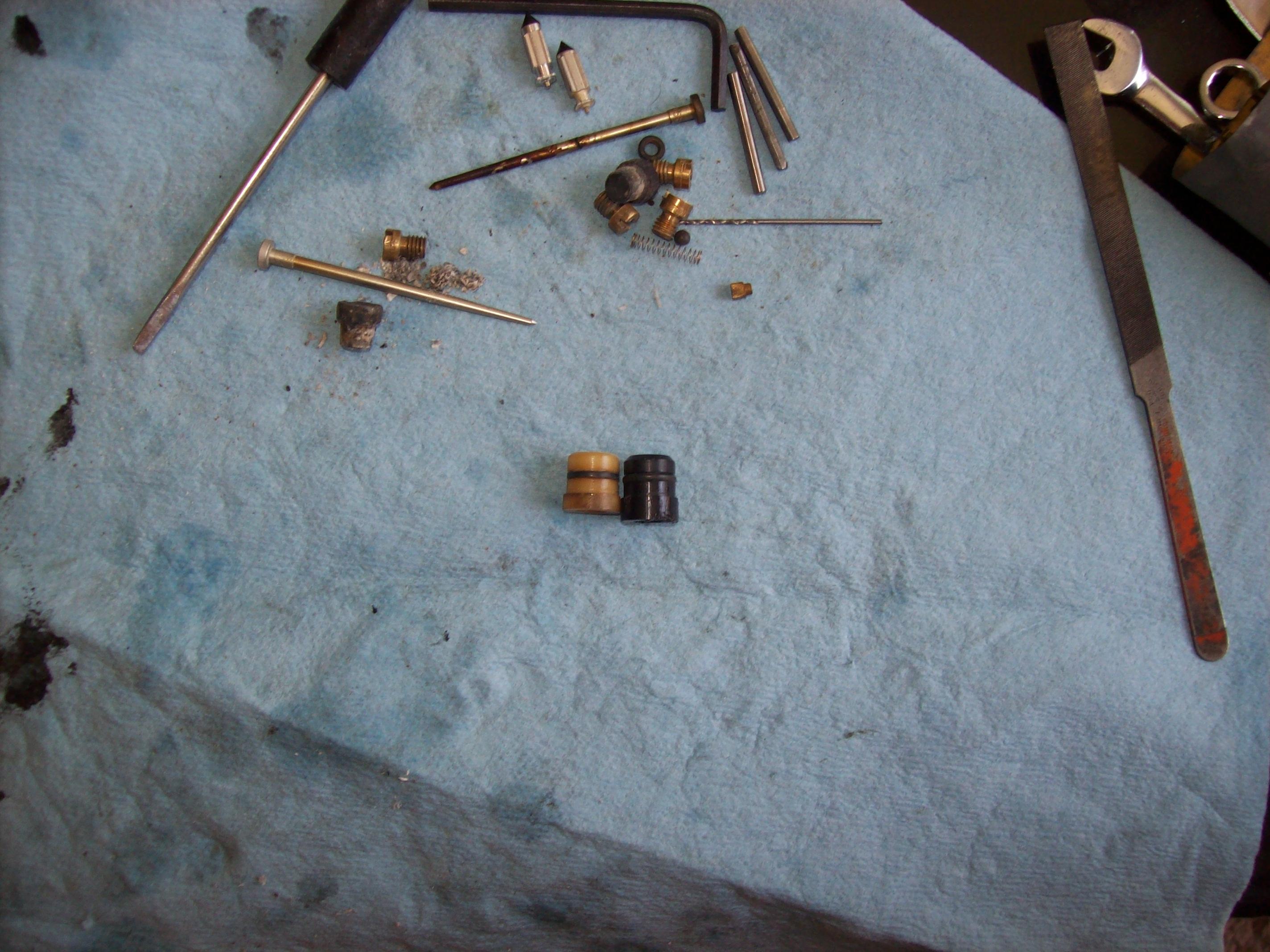 Rebuilding VB Carbs-201_4685.jpg