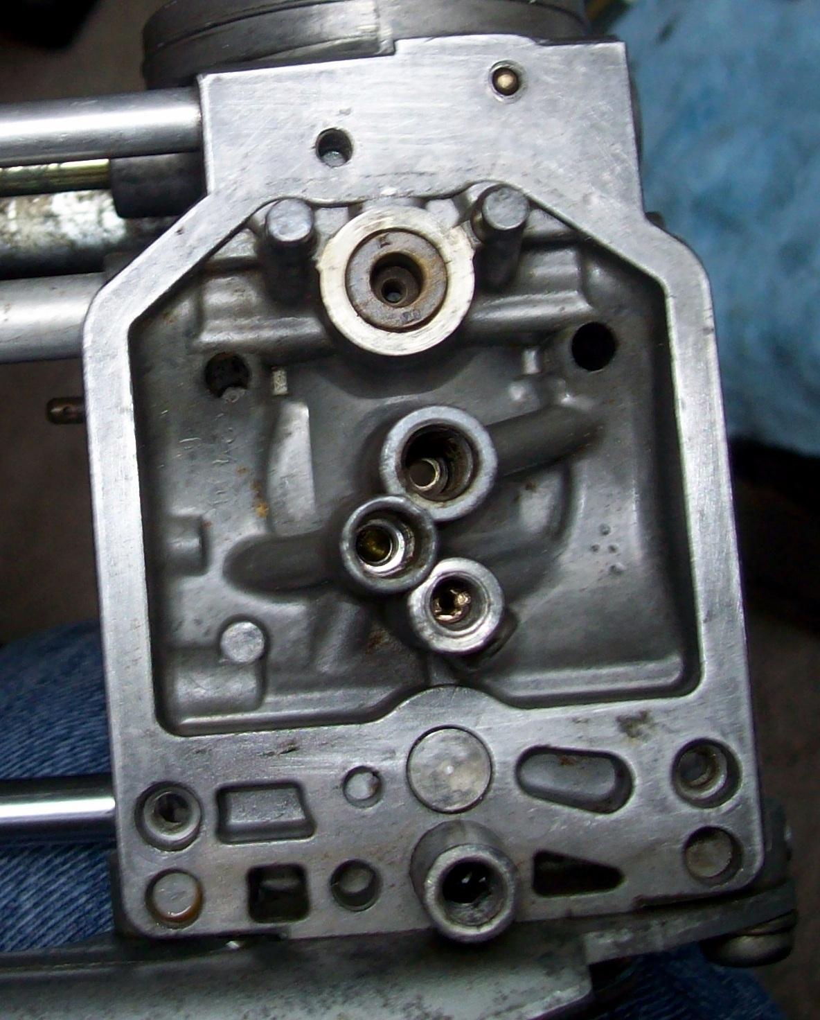 Rebuilding VB Carbs-201_4693-001.jpg