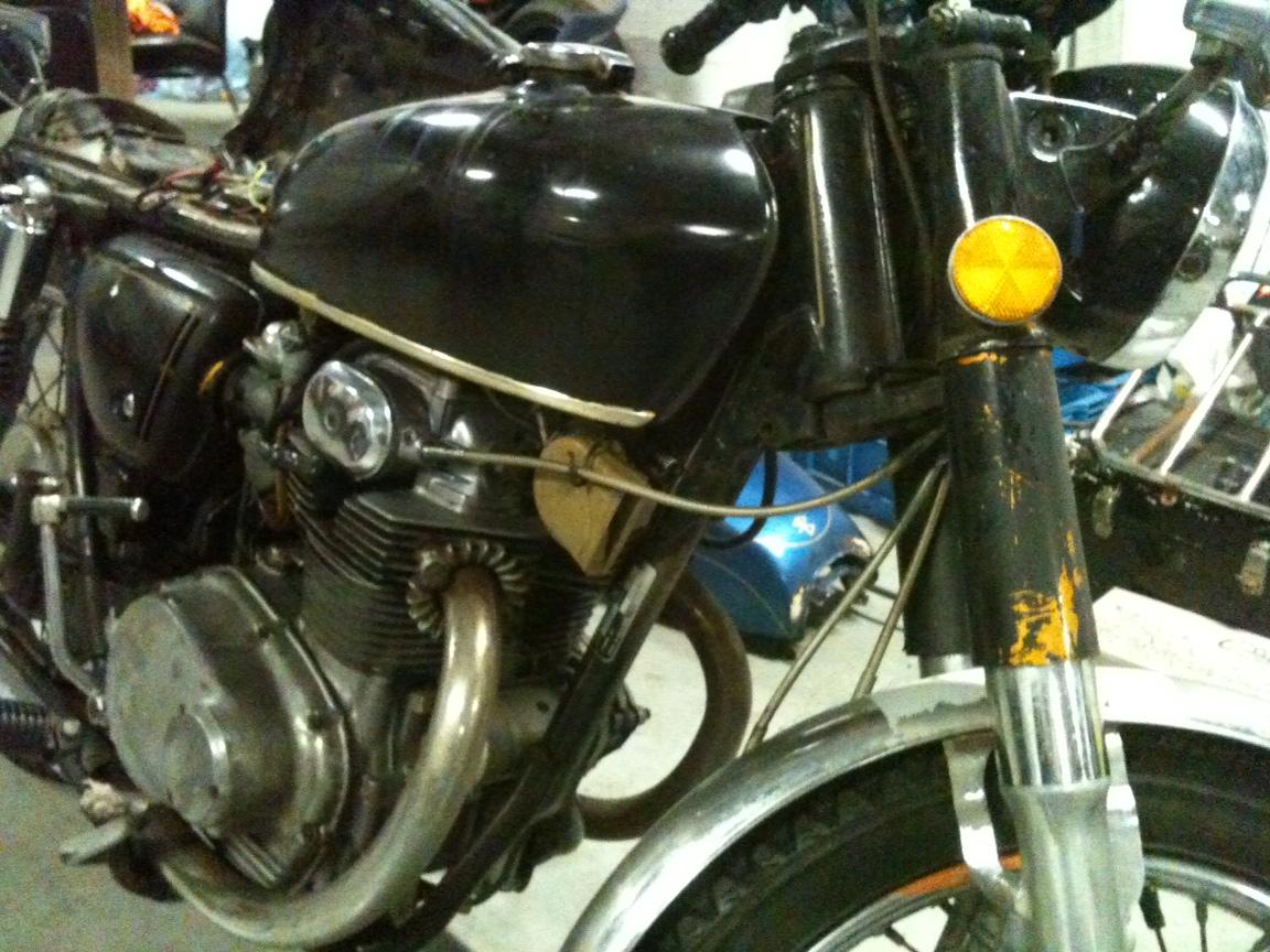 Honda CB350 K4 tracker inspired build-bike.jpg