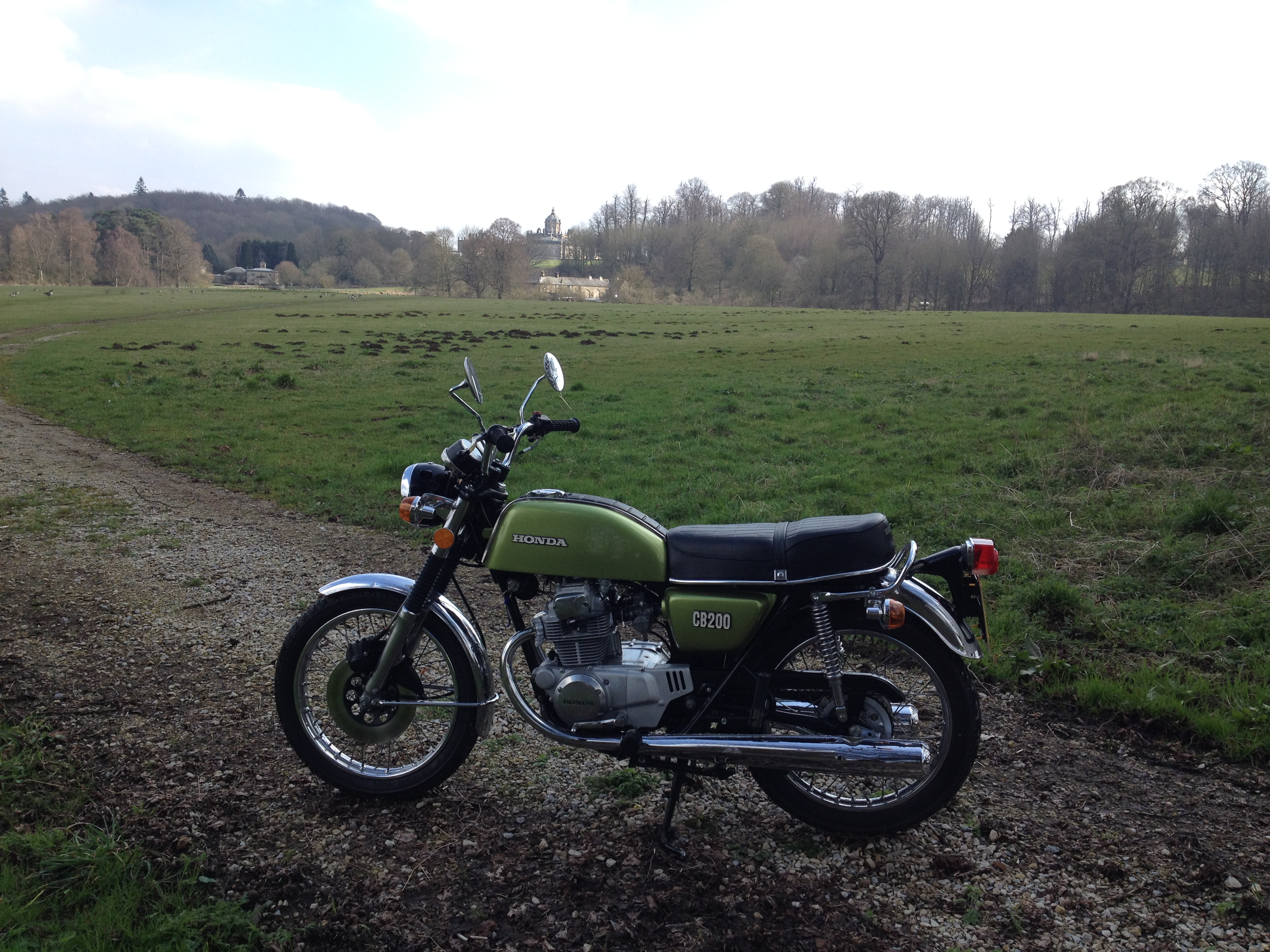 CB200 Olive is back on the road again-bike-ride-out-89-miles-helmsley-surounding-villages-3.4.16-009.jpg
