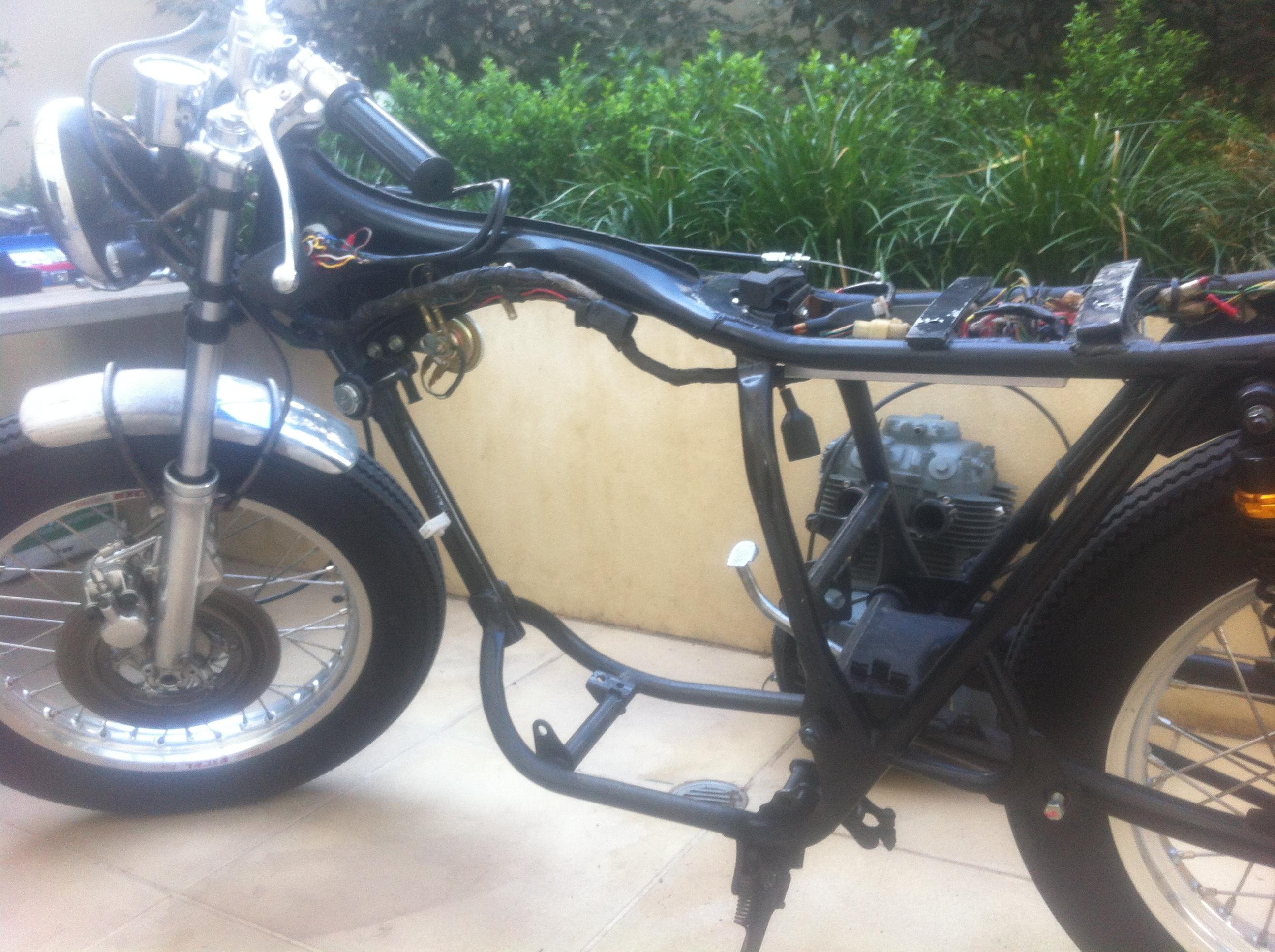 Xr600 Bare Metal CB360 Custom Tracker Brat Cb No
