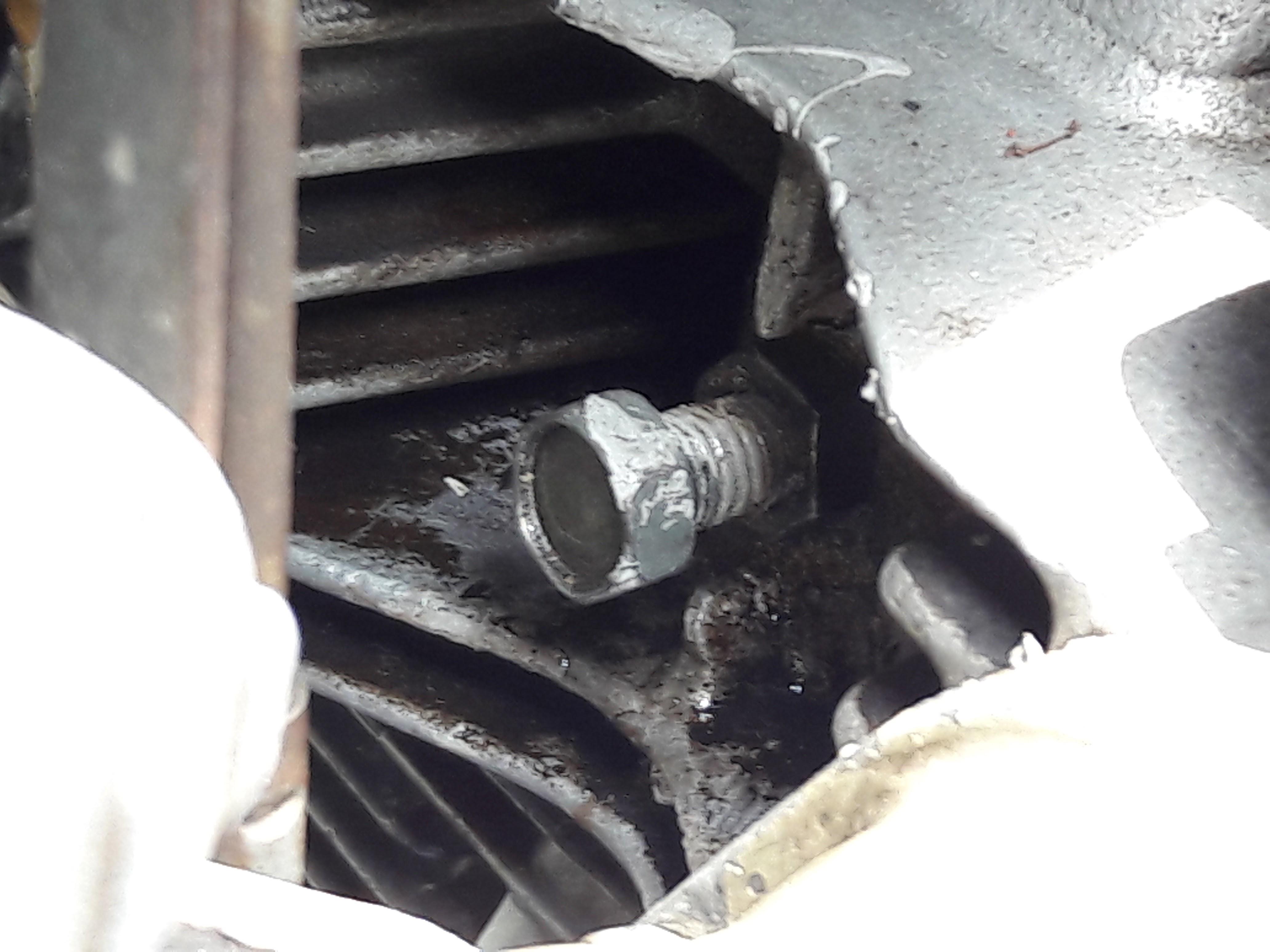 CB200 Cam Chain adjustment bolt misplaced!?-cb200-head-rear-side.jpg