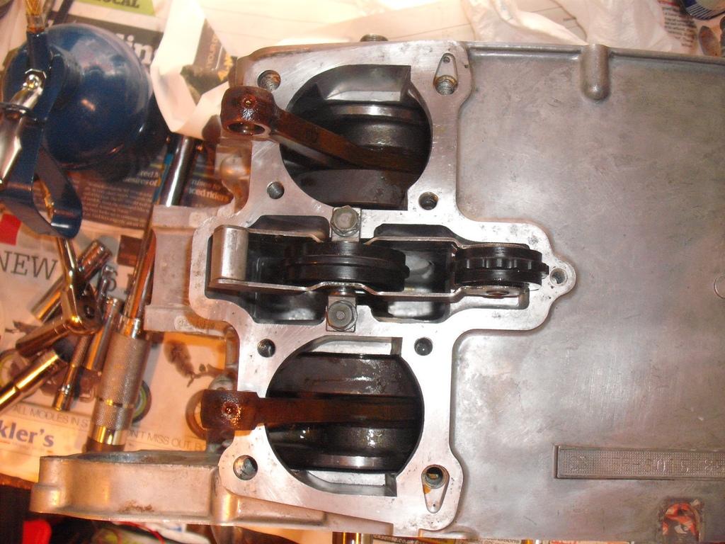 CB200 Cam Chain adjustment bolt misplaced!?-ccase2.jpg