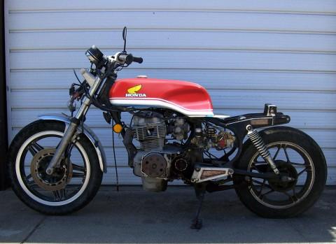 larger rear wheel on 1985 Honda CB450SC?-cm400_drixton_down.jpg