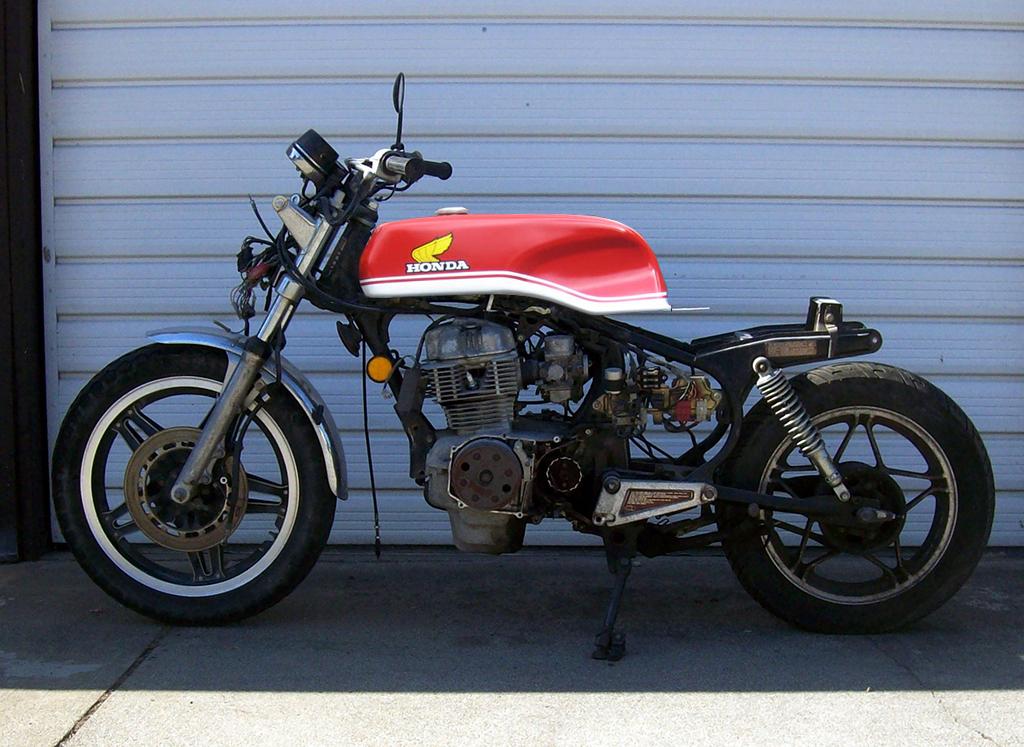 ... CM 400 cafe racer-cm400_drixton_up.jpg ...