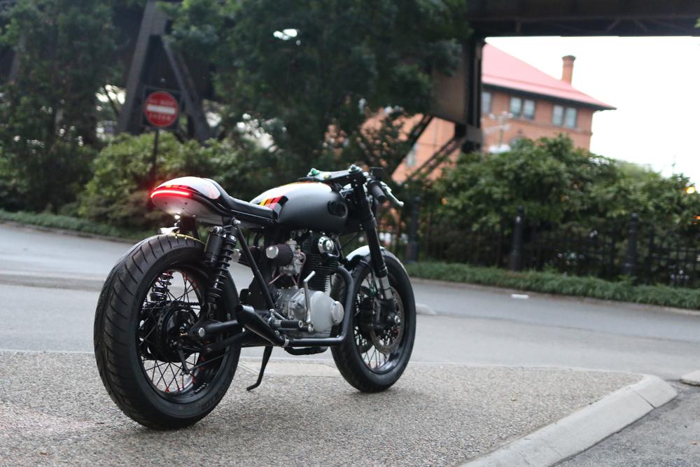 -cognito-moto-cb350-cafe-build-rear.jpg