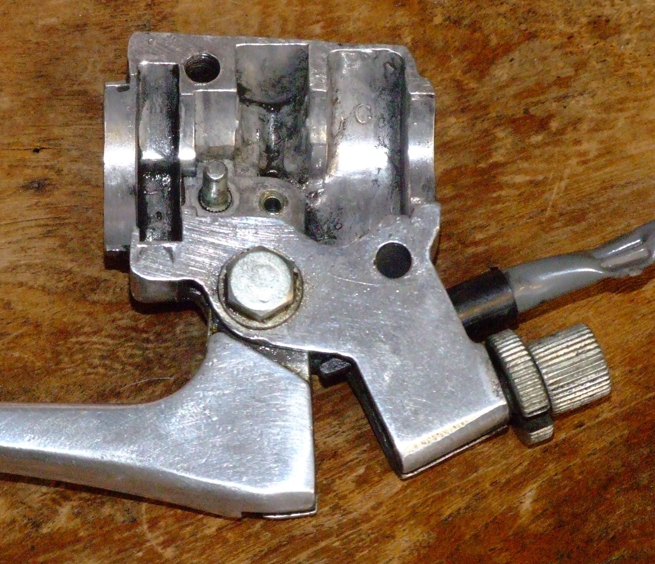 Fitting a starter motor to a UK CD175 ?-dscf4473.jpg