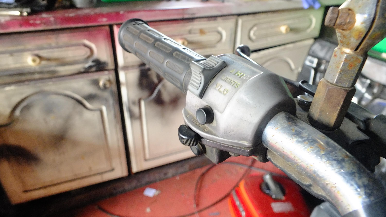James Adams - My CB400N restoration-faded-switchgear.jpg