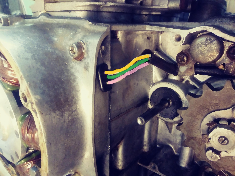 Yellow, Pink and White?  Yeah, right!  1970 CB450-generator.jpg