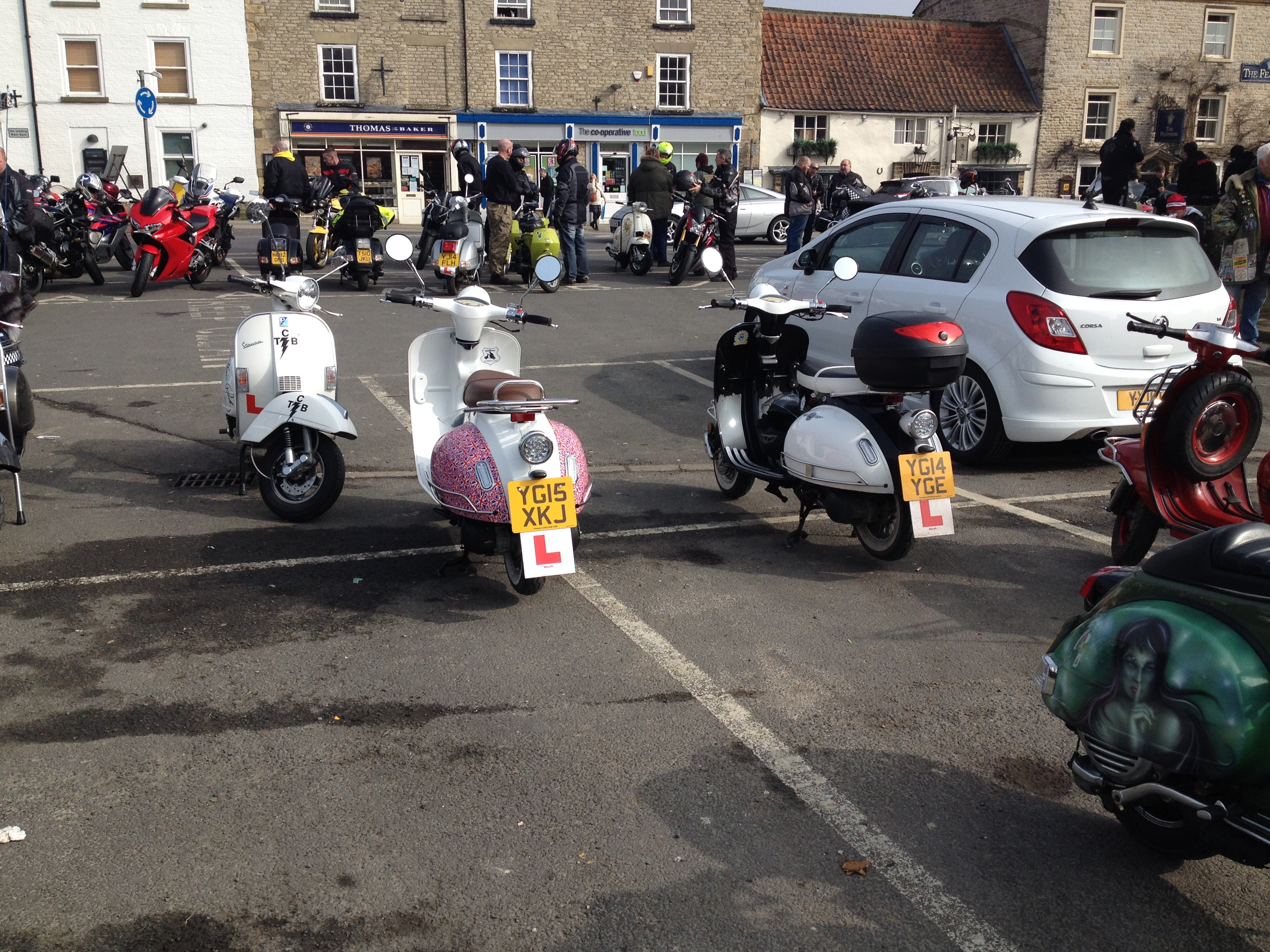 CB200 Olive is back on the road again-helmsley-ride-out-021.jpg