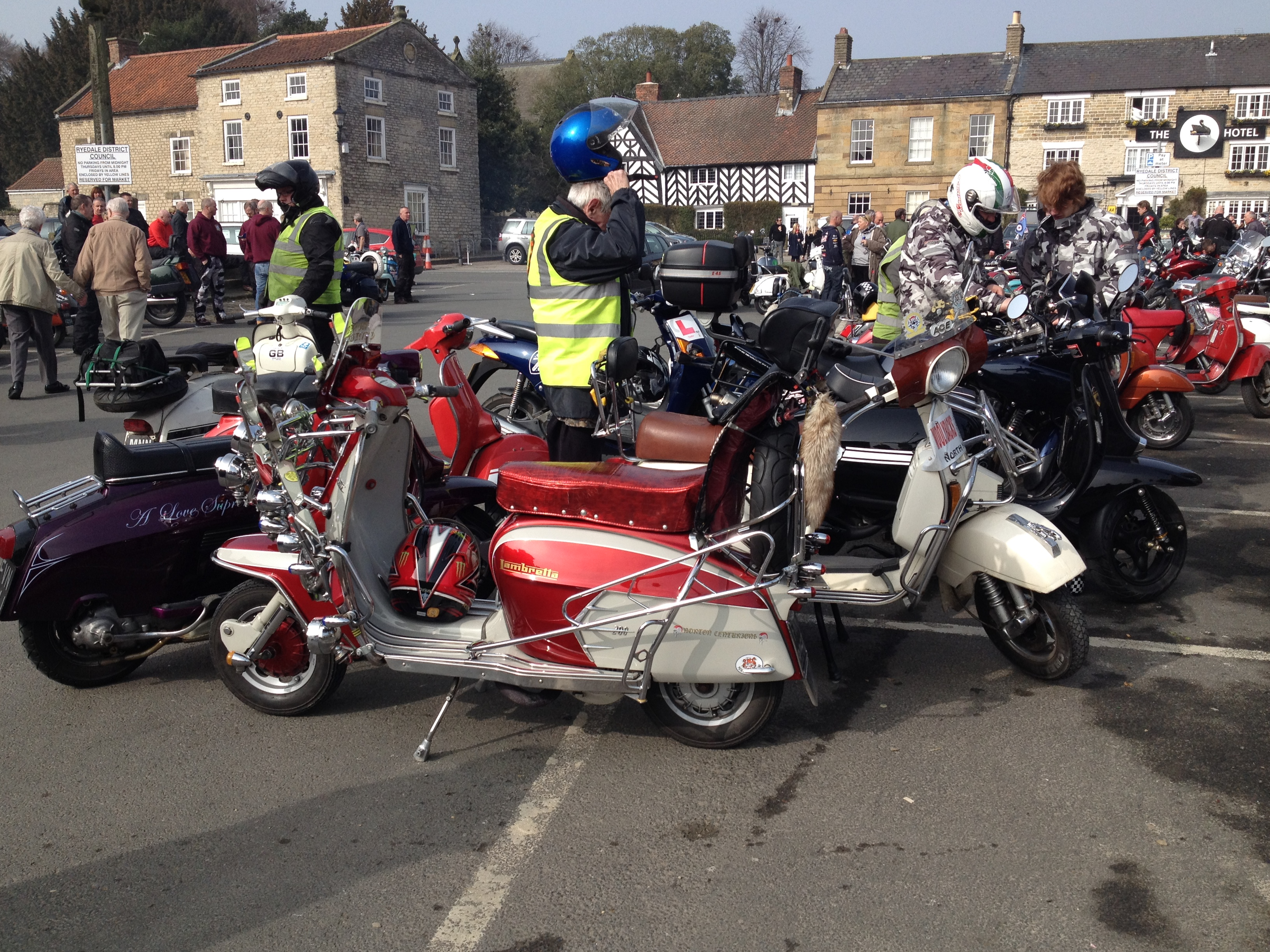 CB200 Olive is back on the road again-helmsley-ride-out-023.jpg