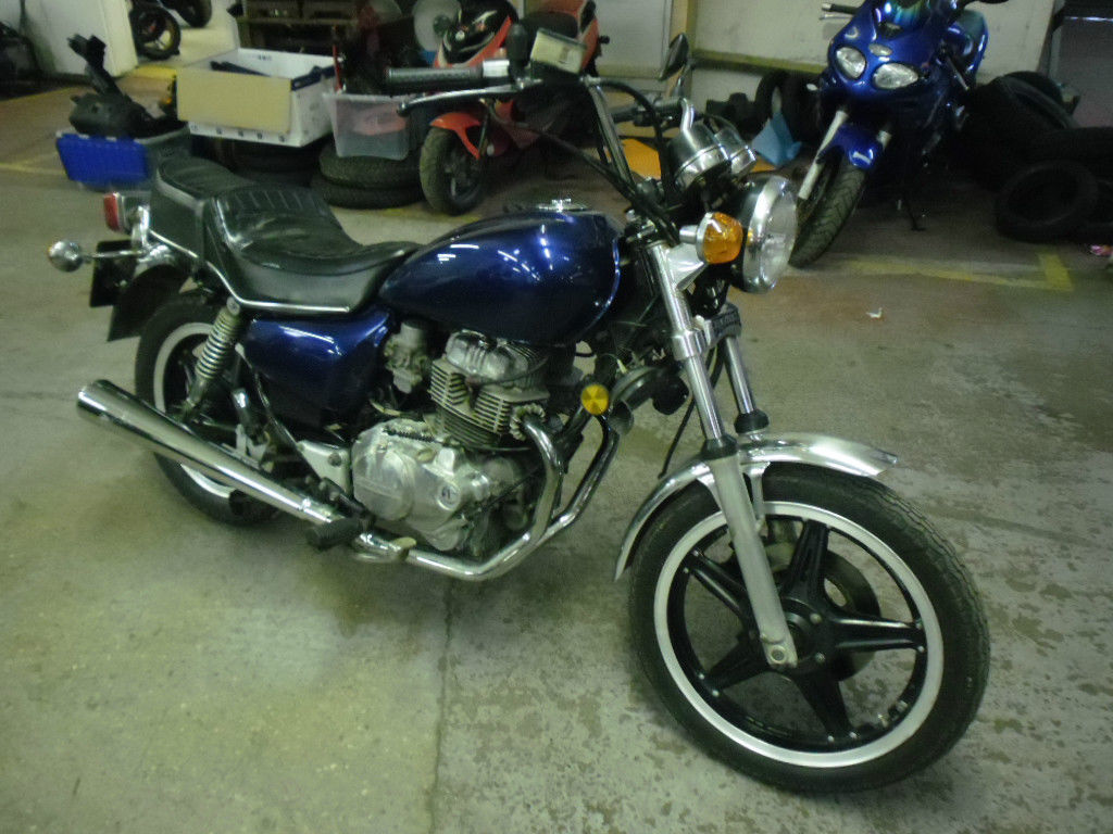 honda-cm250t_1.jpg Just bought a CM250 but not sure which one!