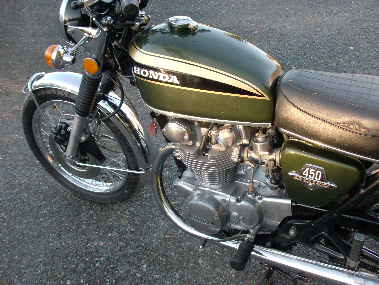 Restoration Bike Complete1973 CB450 Hpim9207