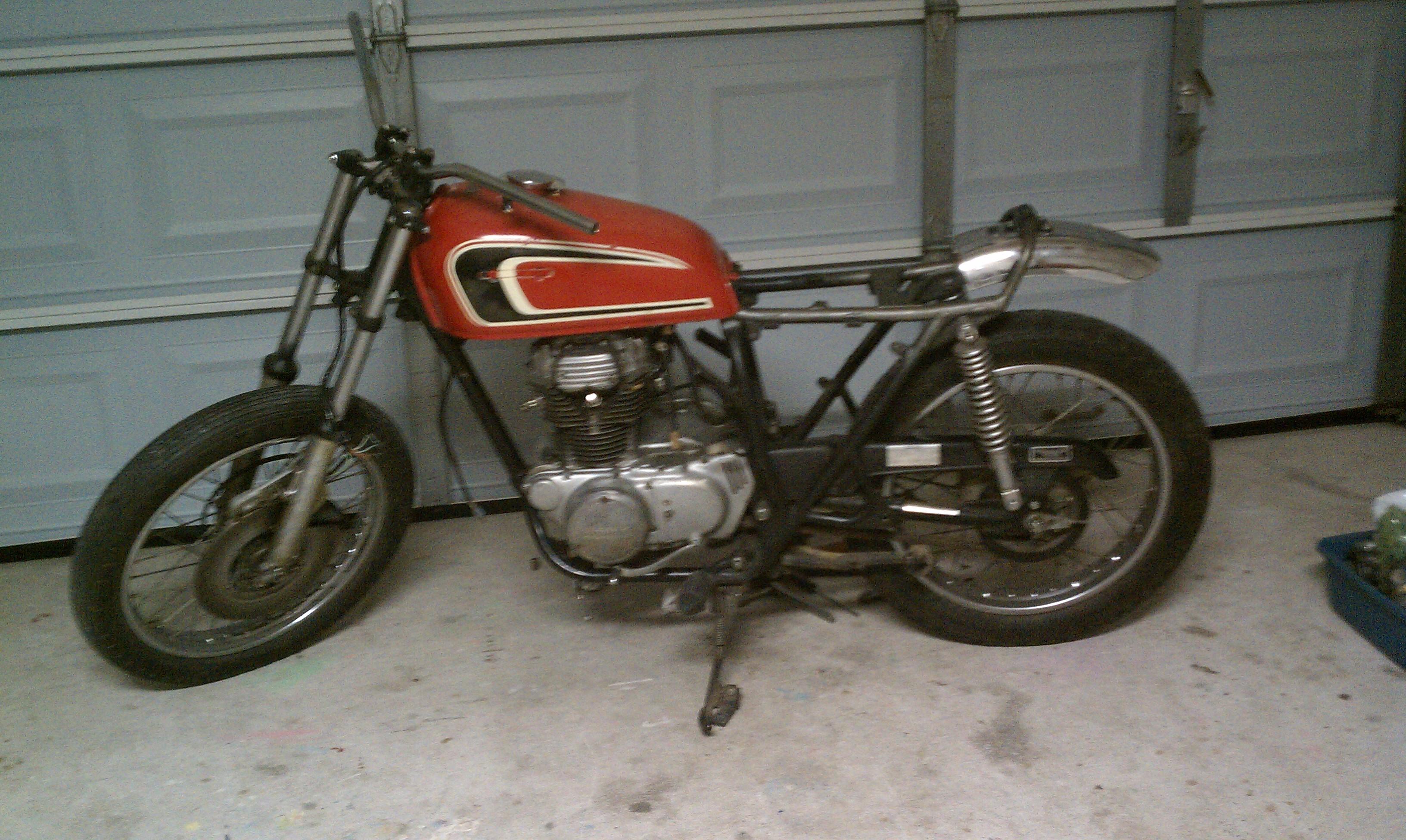 1976 CB360T Hmmmcafe Bobber Or Brat Imag0340