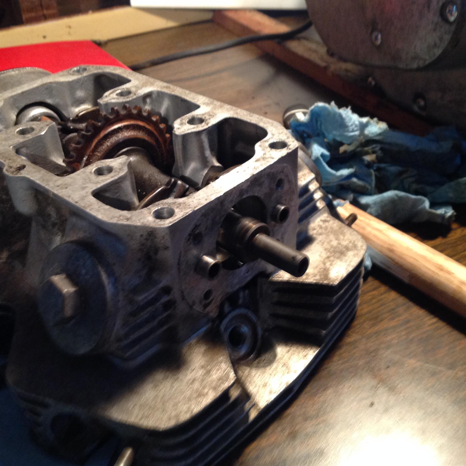 1971 CB175 Rocker arm removal?-img_1025.jpg