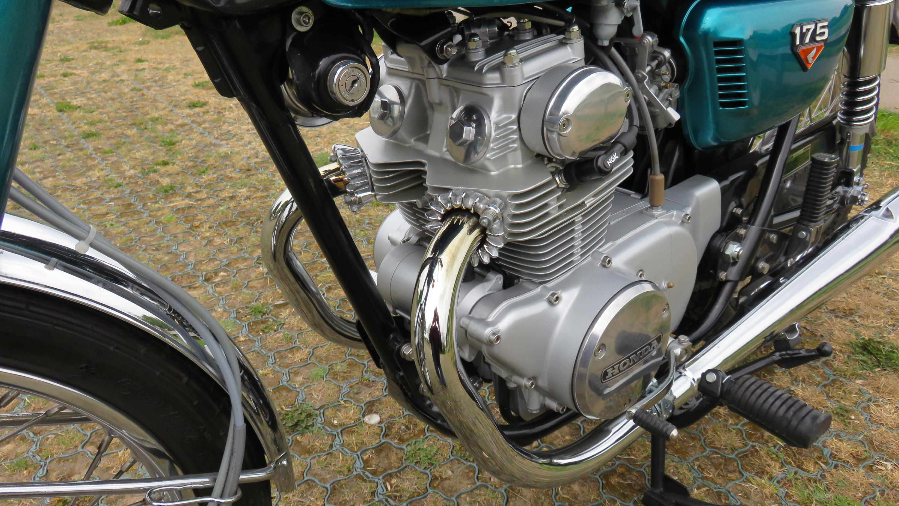 CB175 K6 Restored and finished-img_3123.jpg