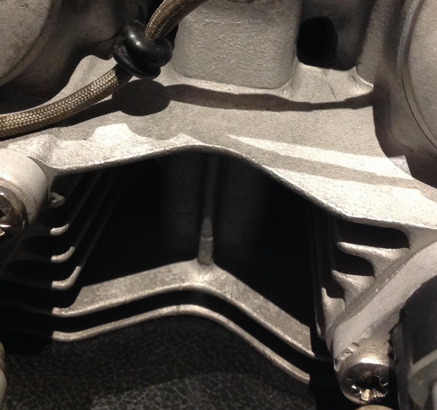 CB200 Cam Chain adjustment bolt misplaced!?-img_7022.jpg