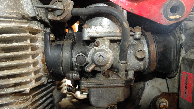 James Adams - My CB400N restoration-left-carb.jpg