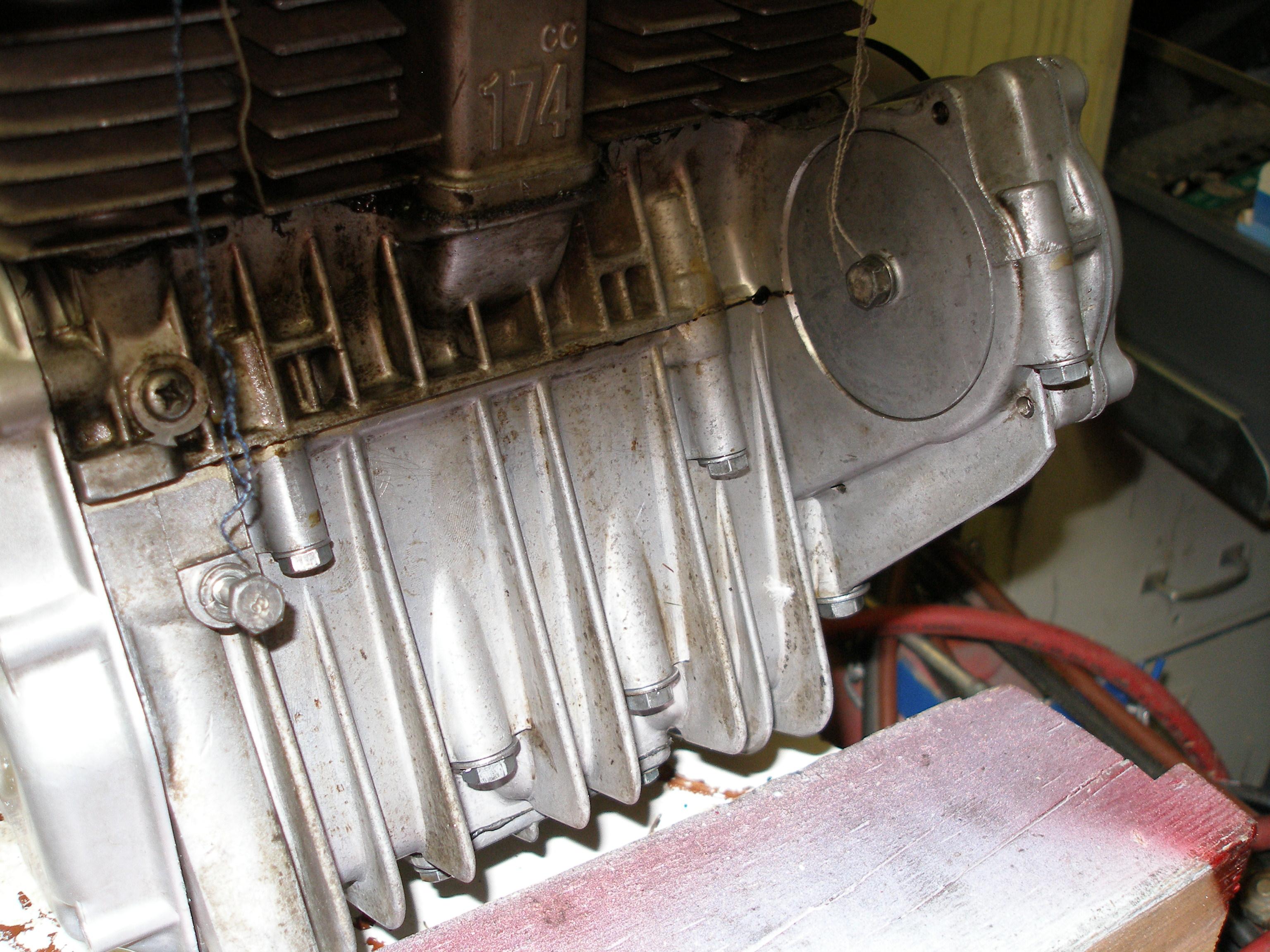 Fitting a starter motor to a UK CD175 ?-pa230002.jpg
