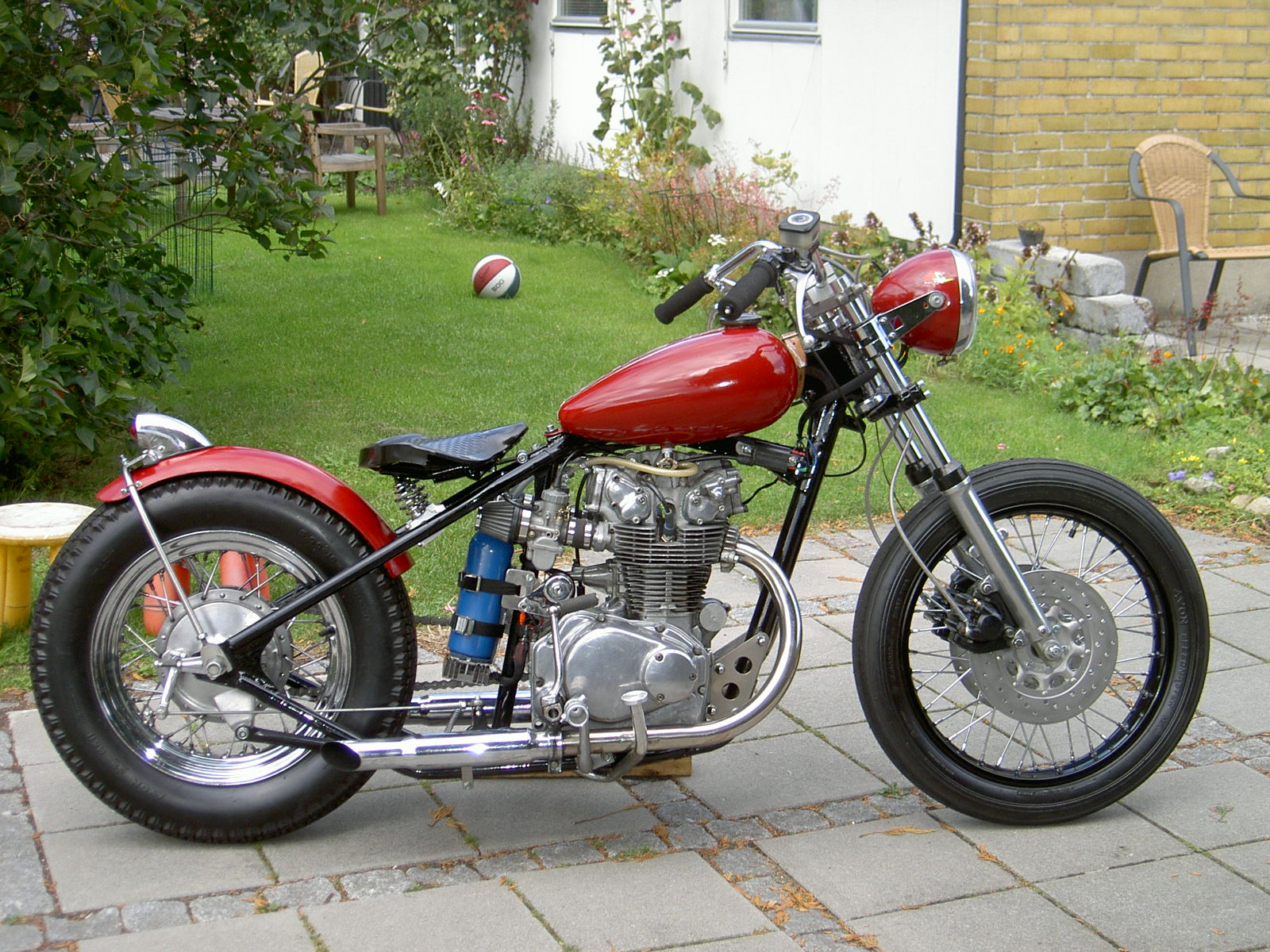 really good looking cb450 bobber