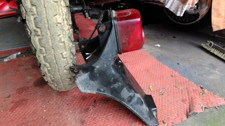 James Adams - My CB400N restoration-rear-light-removed.jpg