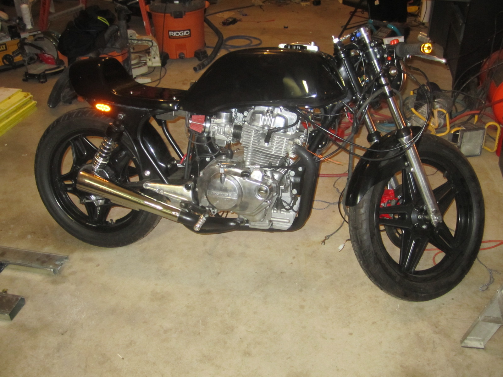 1981 Cb400t Cafe Racer Page 15