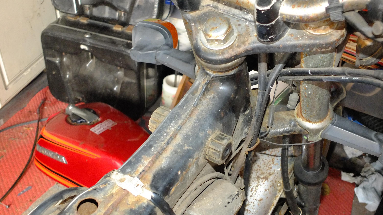 James Adams - My CB400N restoration-rusty-front-spine.jpg