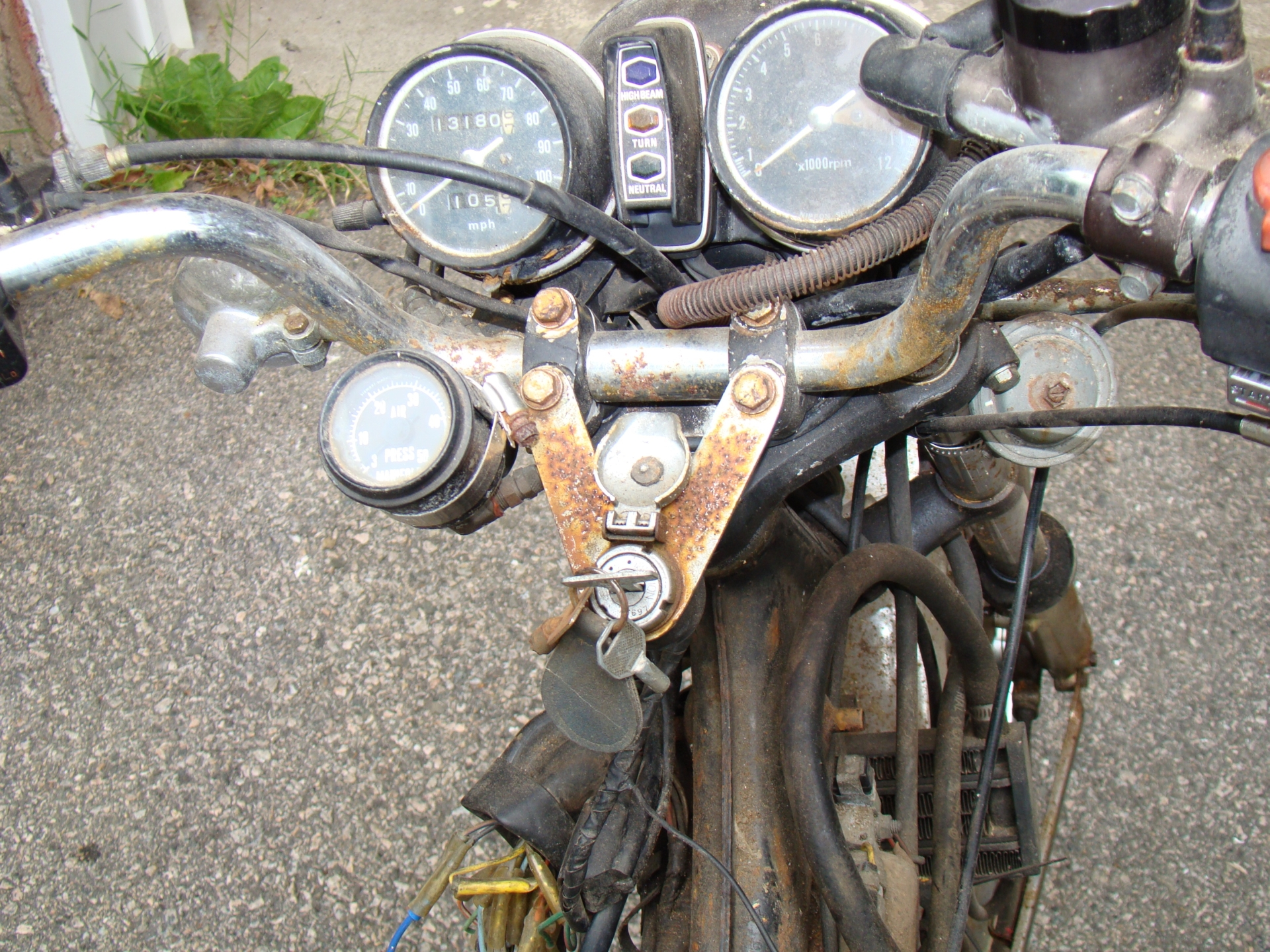 What's this doohickey on the handlebars? 1970 CL350