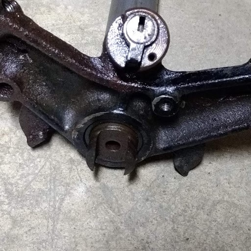 CL-160 Scrambler Steering stem disassembly-steering-stem-1.jpg