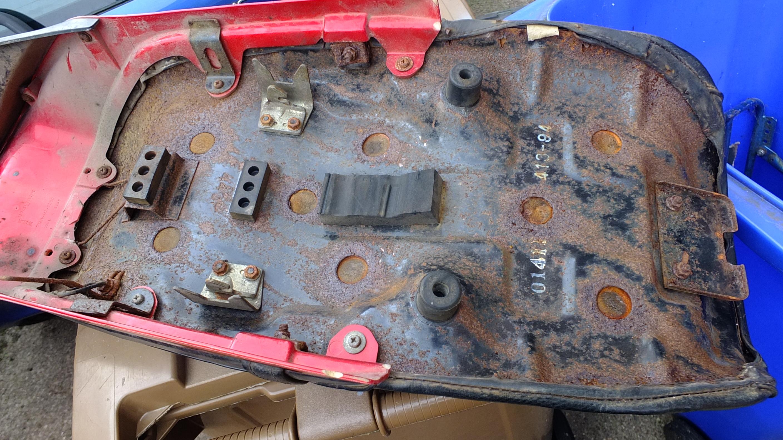 James Adams - My CB400N restoration-under-seat-pan.jpg